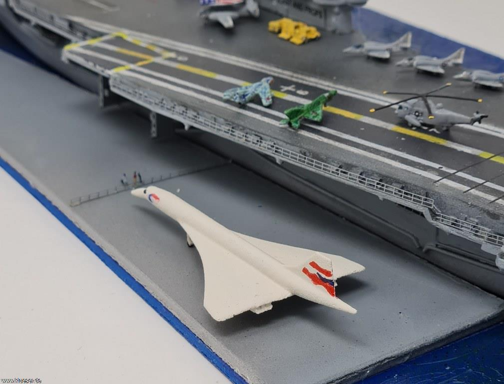 Concorde 1/700, Sea King SH-3 1/700, USS Intrepid CV-11 w/ angle deck 1972